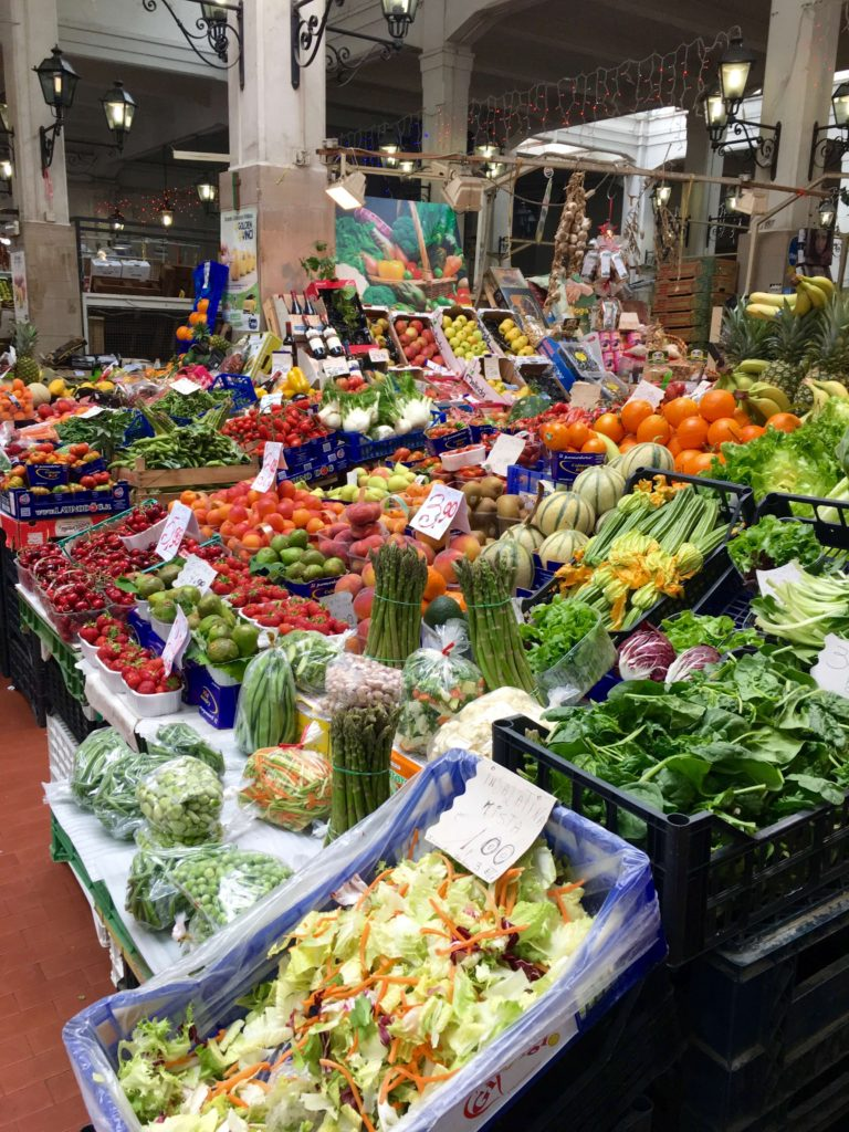 italiensk køkken madvarer marked